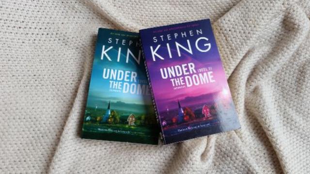 boeken die onaangeraakt in de kast staan blog1